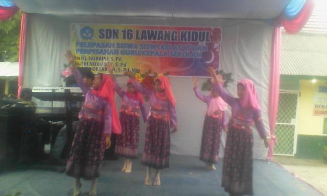 Penampilan siswai SD N 16 Lawang Kidul