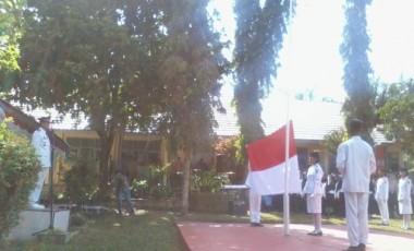 Camat Tanjung Agung Pimpin Upacara HUT RI Ke-71 di Tanjung Agung
