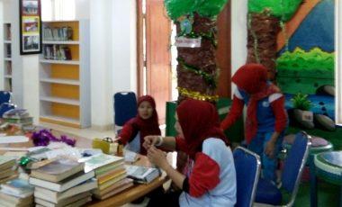SMA Bukit Asam Fokus Persiapan Penilaian Lomba Perpustakaan Nasional