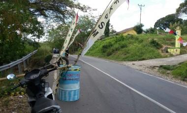 Waspadai Kecelakaan, FK-PSM Pasang Rambu-Rambu Lalin
