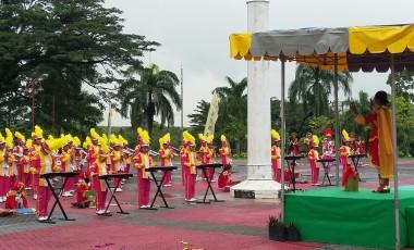 Drum Band SDN 26 Lawang Kidul Pukau Undangan Pada HUT PTBA Ke-35