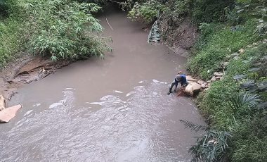 Tim Dinas Lingkungan Hidup dan Walhi Sumsel Siap Terjun Terkait Dugaan Pencemaran Sungai Kiahan
