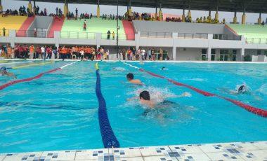 Dikelola Profesional, Tarif Berenang di Kolam Tirta Enim Tunggu Perda