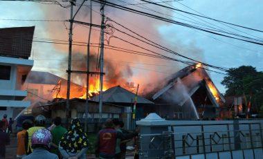 Kantor PMPTSP Pemkab Muara Enim Terbakar, Pelayanan Publik Terganggu