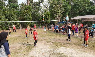 Meriahkan TMMD Ke-106, Warga Desa Beringin Gelar Turnamen Volly Ball