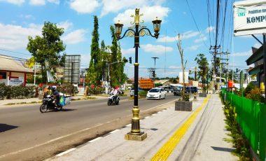 Percantik Kota dan Lindungi Pejalan Kaki, PTBA Bangun Pedestrian Tanjung Enim
