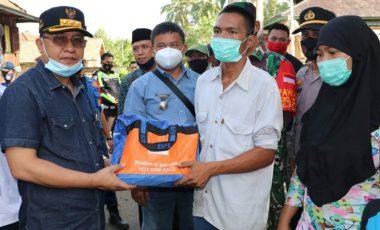 Korban Kebakaran di Desa Tanjung Kecamatan Belimbing Terima Santunan